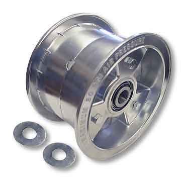 "6"" AZUSA Tri-Star Wheel, 4"" Wide With 3/4"" Tapered Roller Bearing"