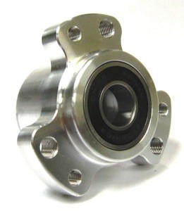 Front Wheel Hub Standard w/Bearings & Hardware